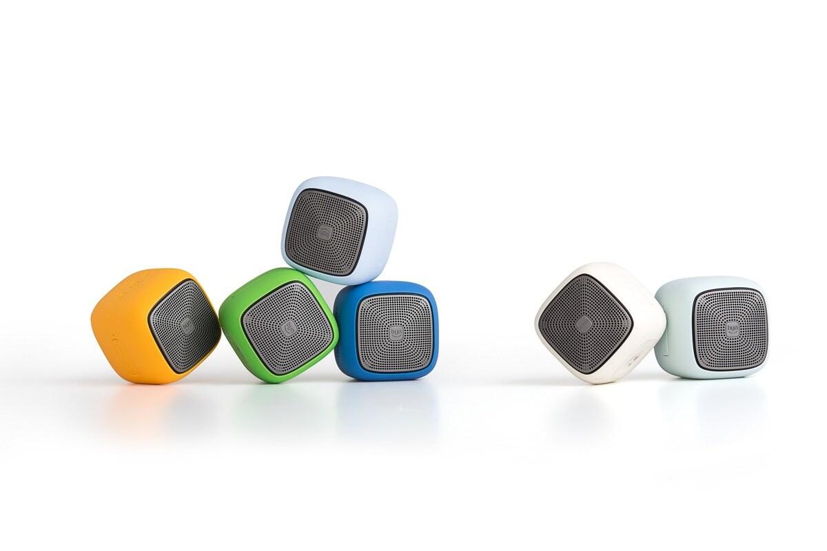 EDIFIER MP200 Portable Bluetooth Speaker Green - 3