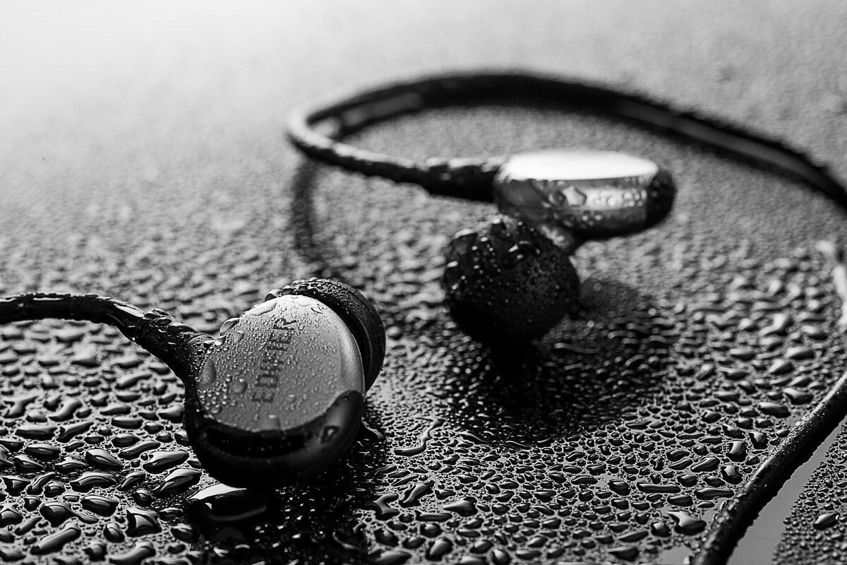 EDIFIER P281_SPORT Earbuds Silver/Black 1.3m - 4