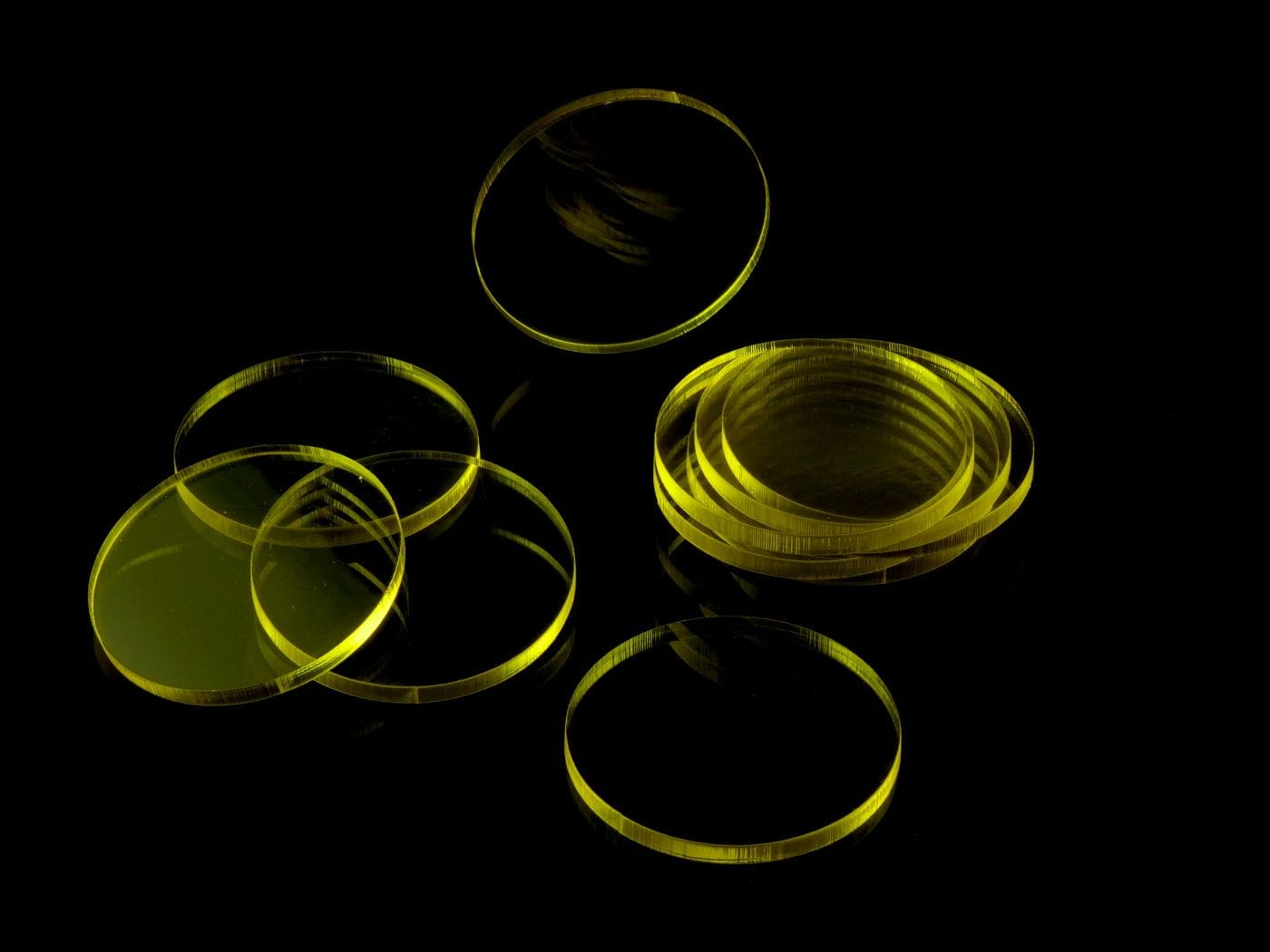Acrylic miniature bases (10 pcs), round, clear, yellow, 50 x 3 mm - 2