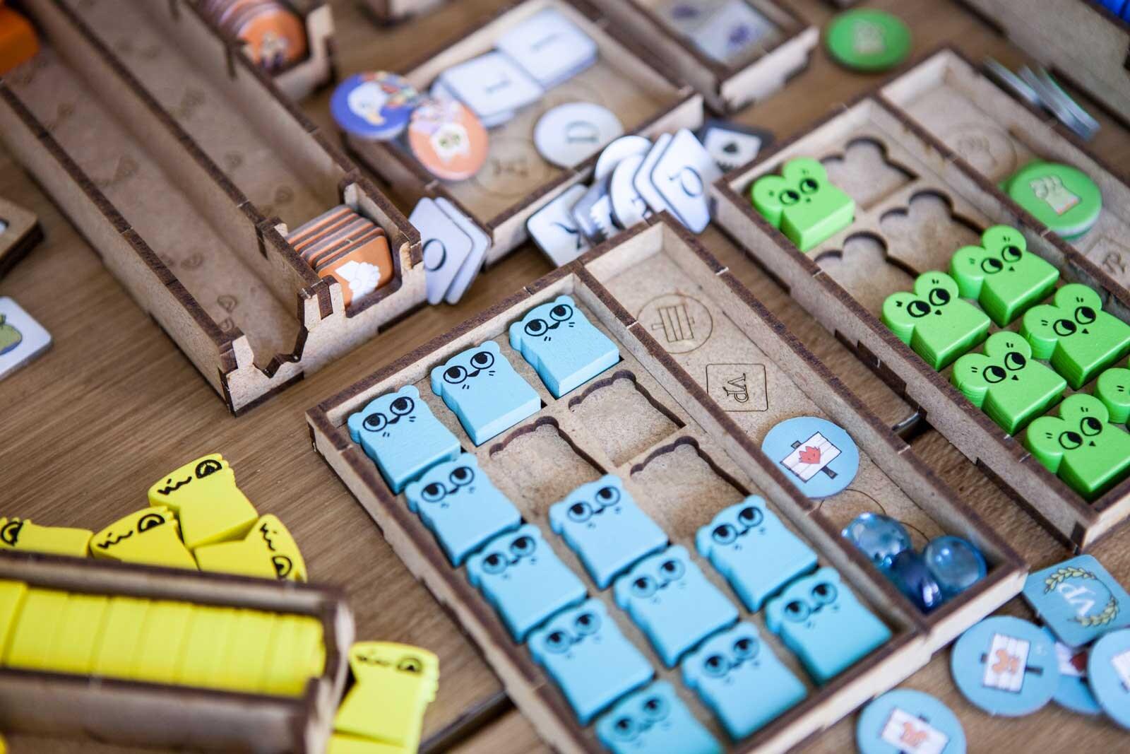 Root All In (base game plus Riverfolk; Underworld; Clockwork; The Exiles and Partisans; Vagabond Pack) Organizer Insert - 8