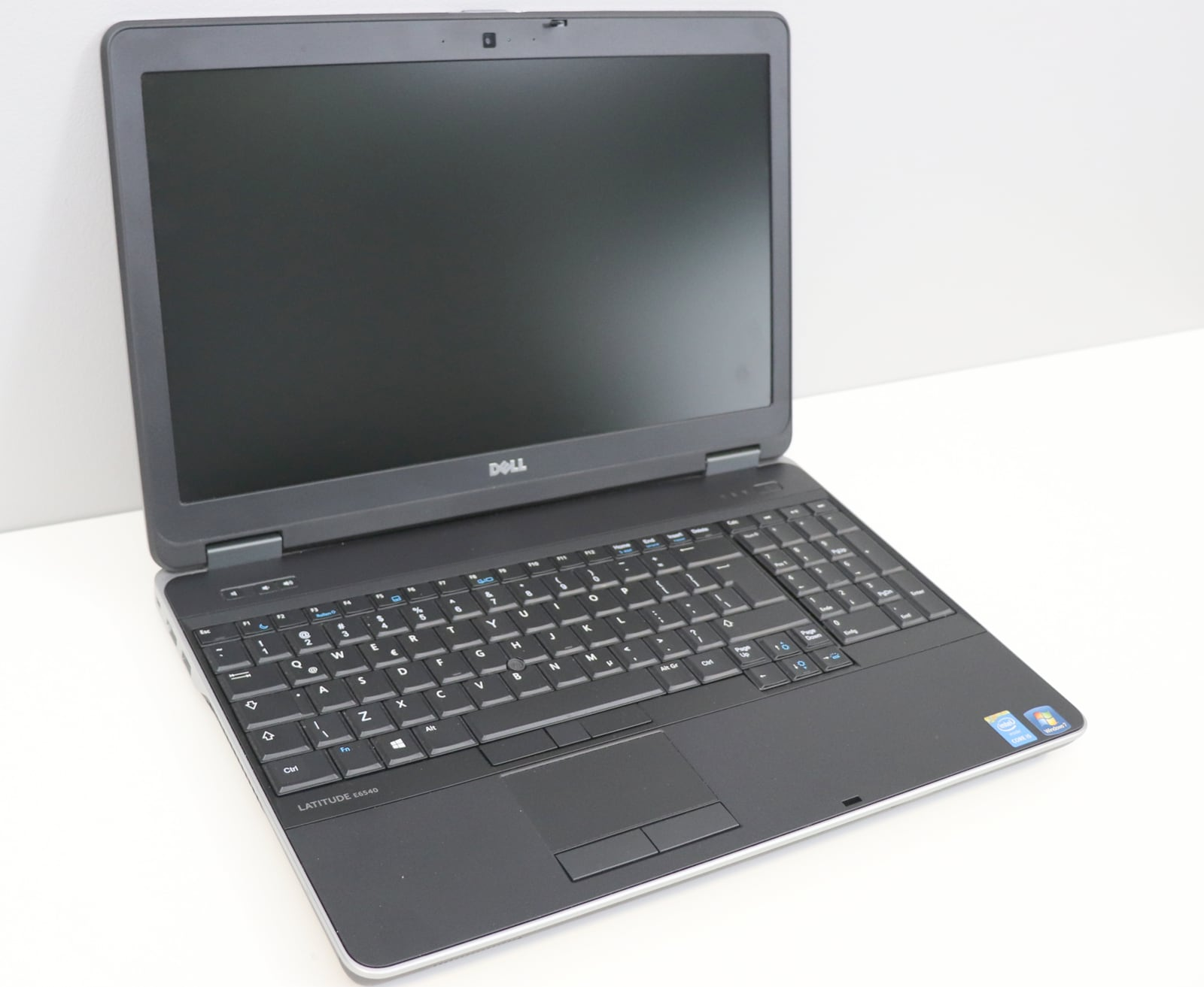 Laptop Dell Latitude E6540 i7 - 4 generacji / 16GB / 240 GB SSD / 15,6 HD / Klasa A- - 3
