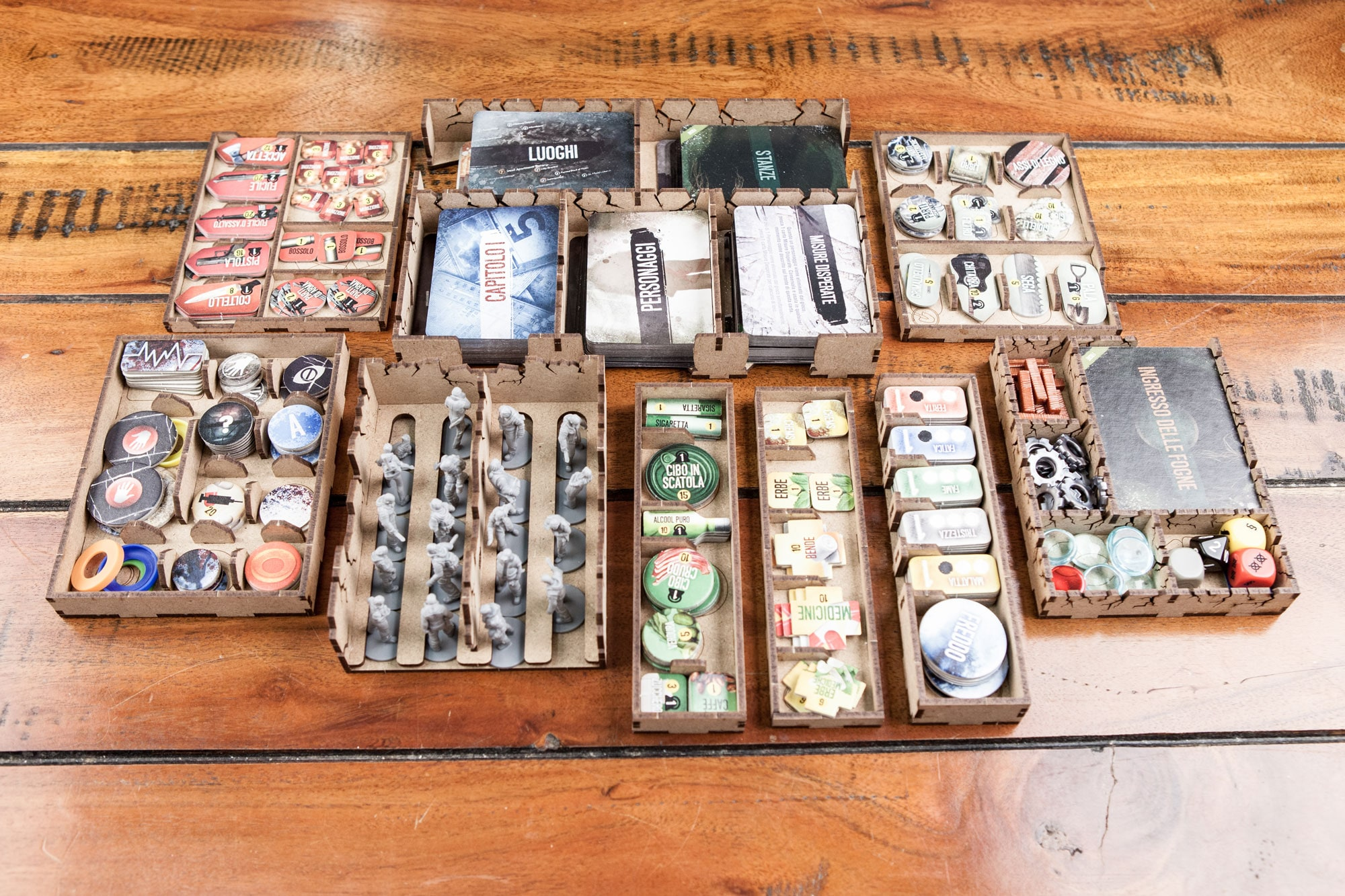 This war of mine (base game or with exp Tales from the Ruined City) Organizer Insert - 3