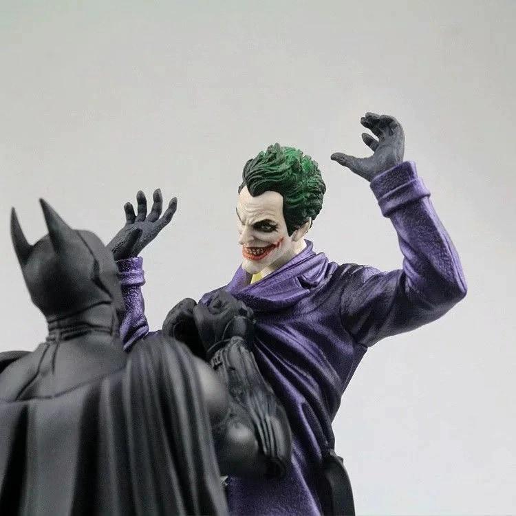 Marvel Batman VS Joker Statue Action Figure Toy 300mm Diorama Figurals Model Toys Anime Batman Joker Figurine Brinquedos Movie & TV - 3