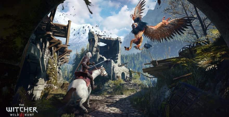 Geralt fighting monster in Witcher 3